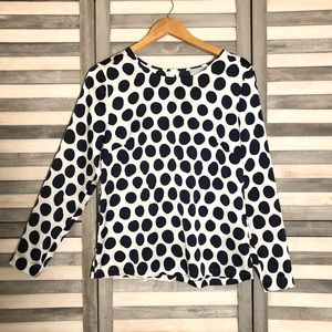 H&M navy and white polka dot top. Zip up back - 10